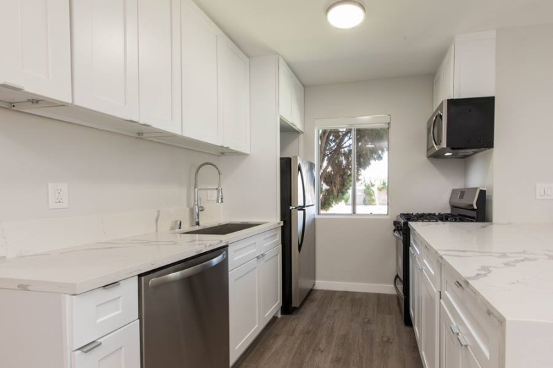 image 9 unfurnished 2 bedroom Apartment for rent in Santa Monica, West Los Angeles
